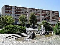 Findlingsbrunnen Gruna.JPG