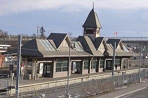 Fish Creek–Lacombe station - Image: Fish Creek Lacombe (C Train) 2