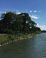 Flussufer mit Steinen.jpg