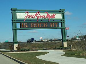 Fox River Mall - Sign adjacent to Interstate 41