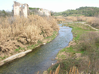 Francolí (river) - The Francolí flowing by some ancient Roman ruins
