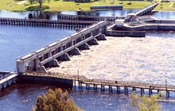 Franklin Lock and Dam 02.jpg