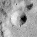 Fredholm crater AS17-M-0436.jpg