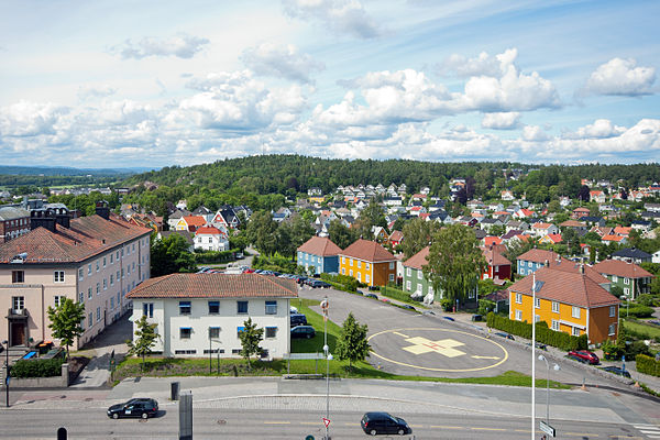 A view of Tonsberg from the Tonsberg Hospital, where Carlsen was born FrodeaasenSettFraSIV.jpg