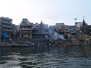 Pollution of the Ganges - Humans are cremated at Varanasi in Hindu tradition.