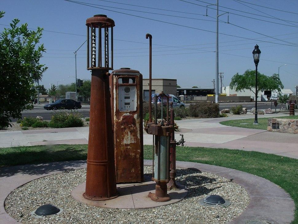 Fuel dispenser - Howling Pixel