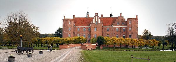 Gammel Estrup castle massage side dk
