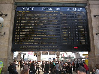 Split-flap display - Flap departure board at Gare du Nord (Paris)