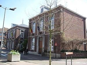 Genk - Image: Genk Voormalig gemeentehuis