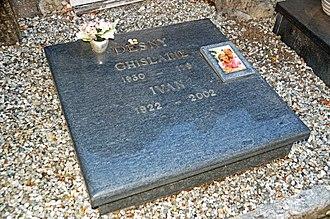 Ivan Desny - Desny's grave in Ascona
