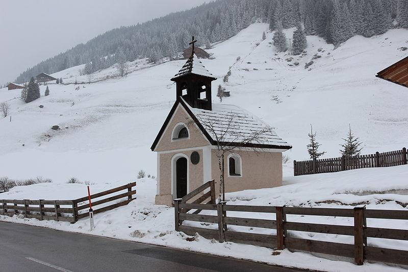 File:Grafer-Kapelle Innervillgraten.JPG