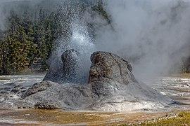 Grotto Geyser 2017 10.jpg