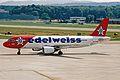 HB-IHY A320-214 Edelweiss Al ZRH 17JUN03 (8509949018).jpg