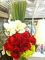 HK 香港 Central 中環 置地廣場 Landmark flowers red Roses Feb-2012.jpg