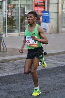 Haile Gebrselassie at Vienna City Marathon 2011.jpg