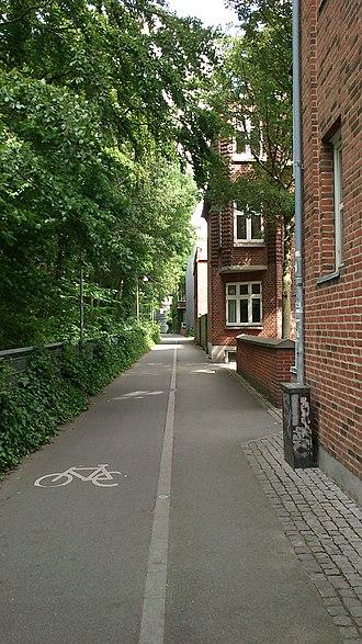 Frederiksbjerg - Image: Hallssti