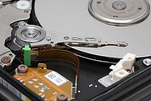 "Toshiba HDD2189 2.5"" hard disk drive plat..."