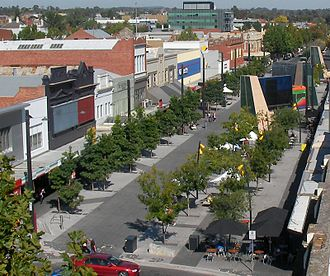 Bendigo - Hargreaves Mall, Bendigo's main shopping area