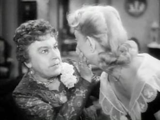 Harvey (film) - Veta (Josephine Hull) and Myrtle Mae (Victoria Horne)