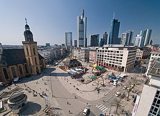 Hauptwache (Frankfurt am Main) - The Hauptwache and the plaza as seen from the Kaufhof's roof garden