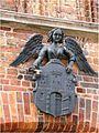 Herb miasta nad wejściem głównym Ratusza Staromiejskiego (Ola Z.).jpg