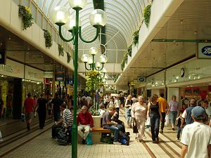 Chelmsford - High Chelmer Shopping Centre prior to the 2009 refurbishment.
