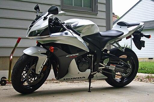 HondaCBR600RR-01