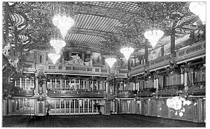 Hotel Astor (New York City) - southern end of the Grand Ballroom, circa 1910