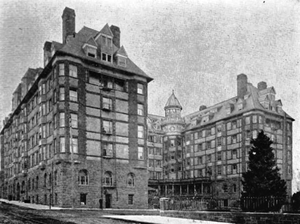Portland Hotel - The hotel about 1900. The tall chimneys on the roof were shortened/removed in the 1910s, as can be seen in the 1919 image below.