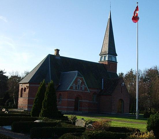 hals kirke og sognehus
