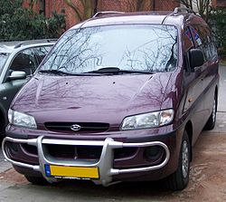 Hyundai H1 Bus v purple.jpg