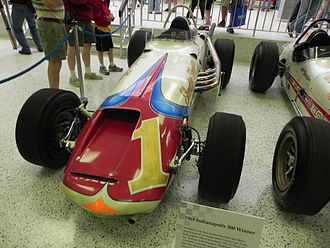 1964 Indianapolis 500 - Image: Indy 500winningcar 1964