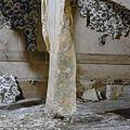 Interieur, begane grond, erkerkamer- behang in slechte staat - Nieuw-Loosdrecht - 20337376 - RCE.jpg