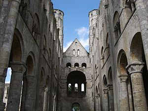 Robert of Jumièges - Image: Interieur ruines jumieges