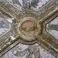 Interieur transept, sluitsteen- Christus aan het kruis - Breda - 20331514 - RCE.jpg