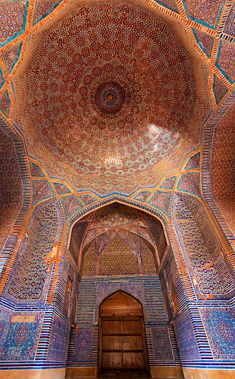 Thatta - Thatta's Shah Jahan Mosque features extensive tile work that displays Timurid influences introduced from Central Asia.
