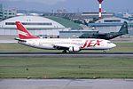 JAL Express Boeing 737-446 (JA8991-27916-2718) (24363936863).jpg