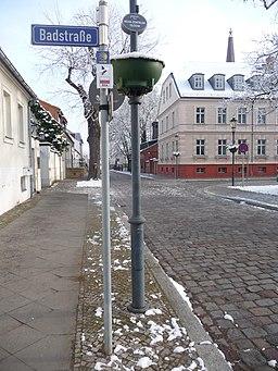 Jakobs-Pilgerweg, Querung der Ritterstraße, von der Badstraße kommend, in Richtung Marktplatz Altstadt - panoramio
