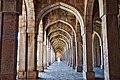 Jama Masjid Mandu interior arches.jpg