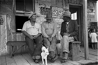 Russell Lee (photographer) - Image: Jeanerette Conversation 1938Lee