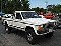 Jeep Comanche Pioneer white MD s.jpg