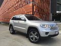 Jeep Grand Cherokee (WK2) 2011 Limited 02.JPG