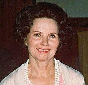 Joanne Siegel - Siegel at the 1976 San Diego Comic Con