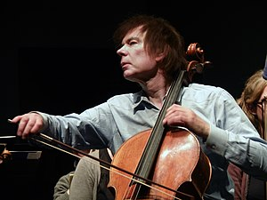 Julian Lloyd Webber - Lloyd Webber in 2013