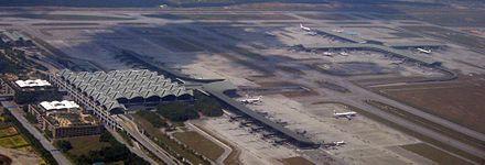 クアラルンプール国際空港 - Wik...