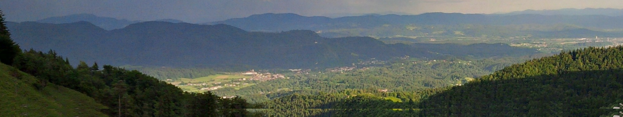 Kamnik - panoramic view towards the south.png