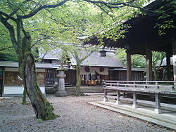 Kanegasaki Shrine.jpg
