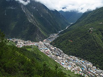 Kangding - Kangding from above