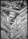 kapiteel tegen torenwand - tholen - 20208179 - rce