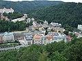 Karlovy Vary, pohled na koryto řeky Teplé a divadlo.jpg